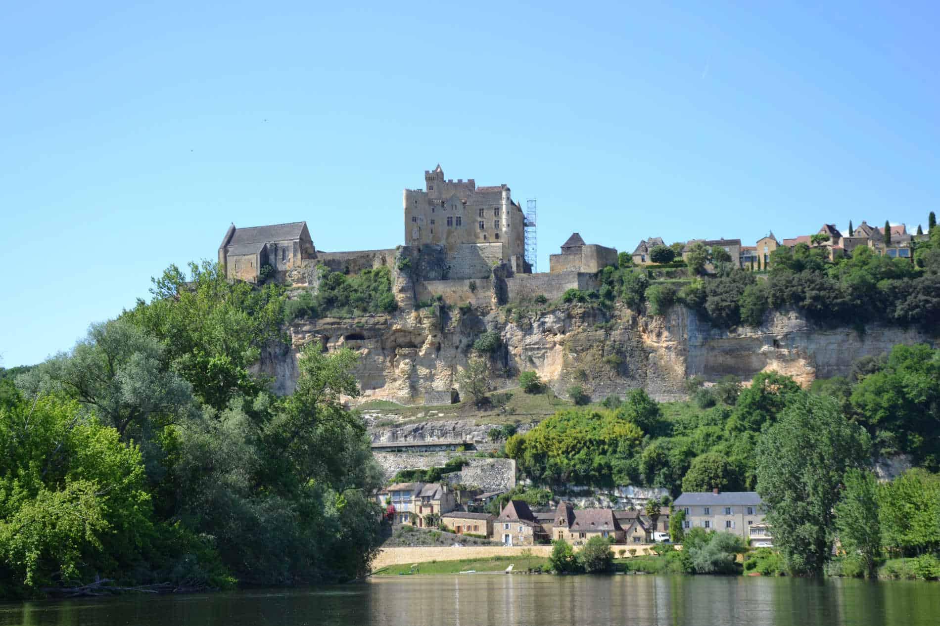 chambres d'hôtes Dordogne avec piscine proche castelnaud