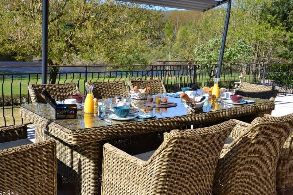 petit déjeuner en chambres d'hôtes Dordogne en bord de rivière Sarlat