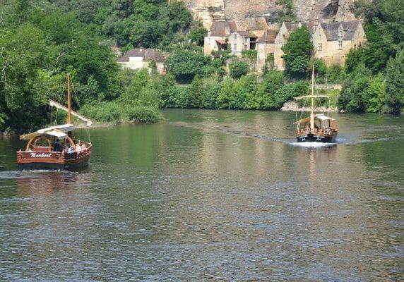 GABARRE activités et visites sites historiques Périgord Noir