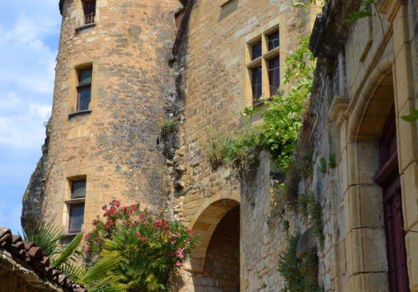 LA ROQUE GAGEAC activités et visites sites historiques Périgord Noir