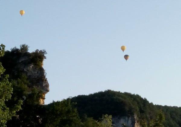 MONGOLFIERE activités et visites sites historiques Périgord Noir