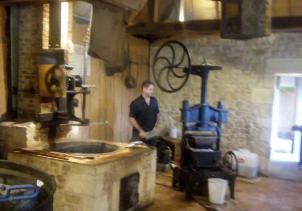 NOIX activités et visites sites historiques Périgord Noir